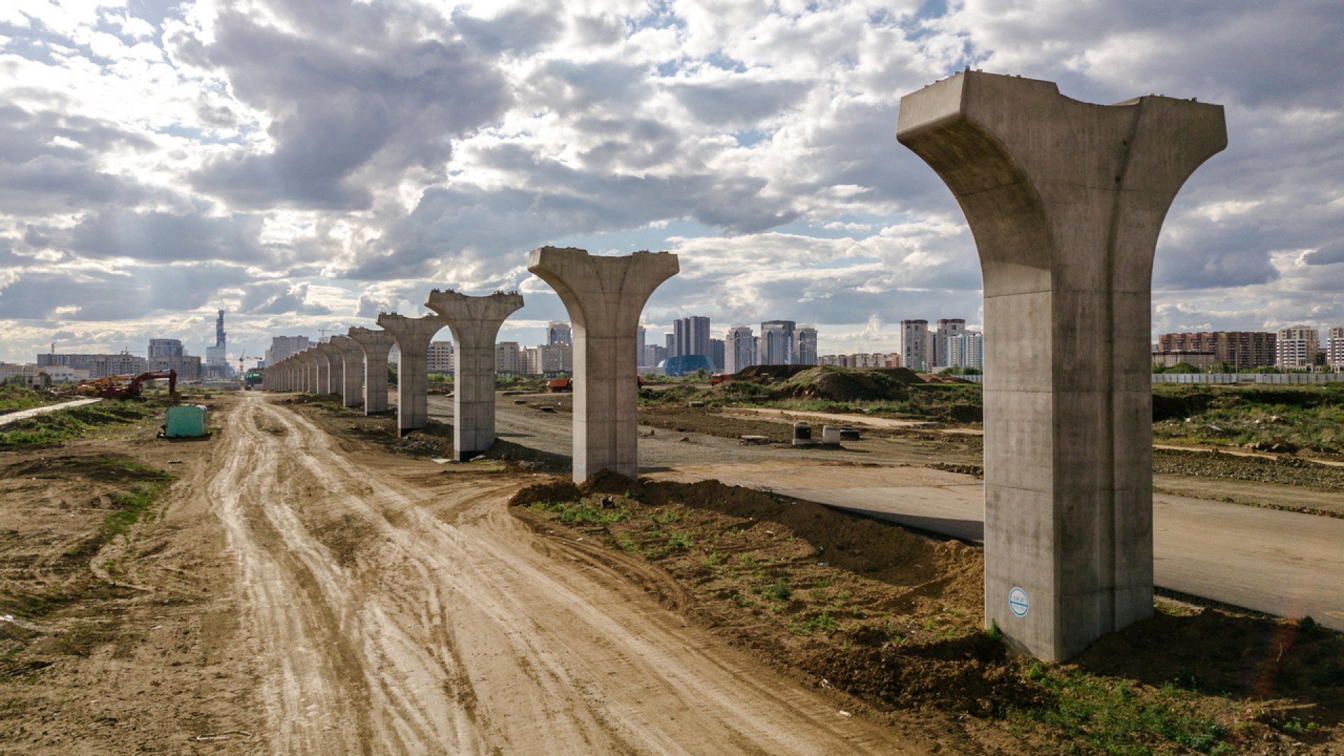 """Как строили и не достроили """"Астана LRT"""""""