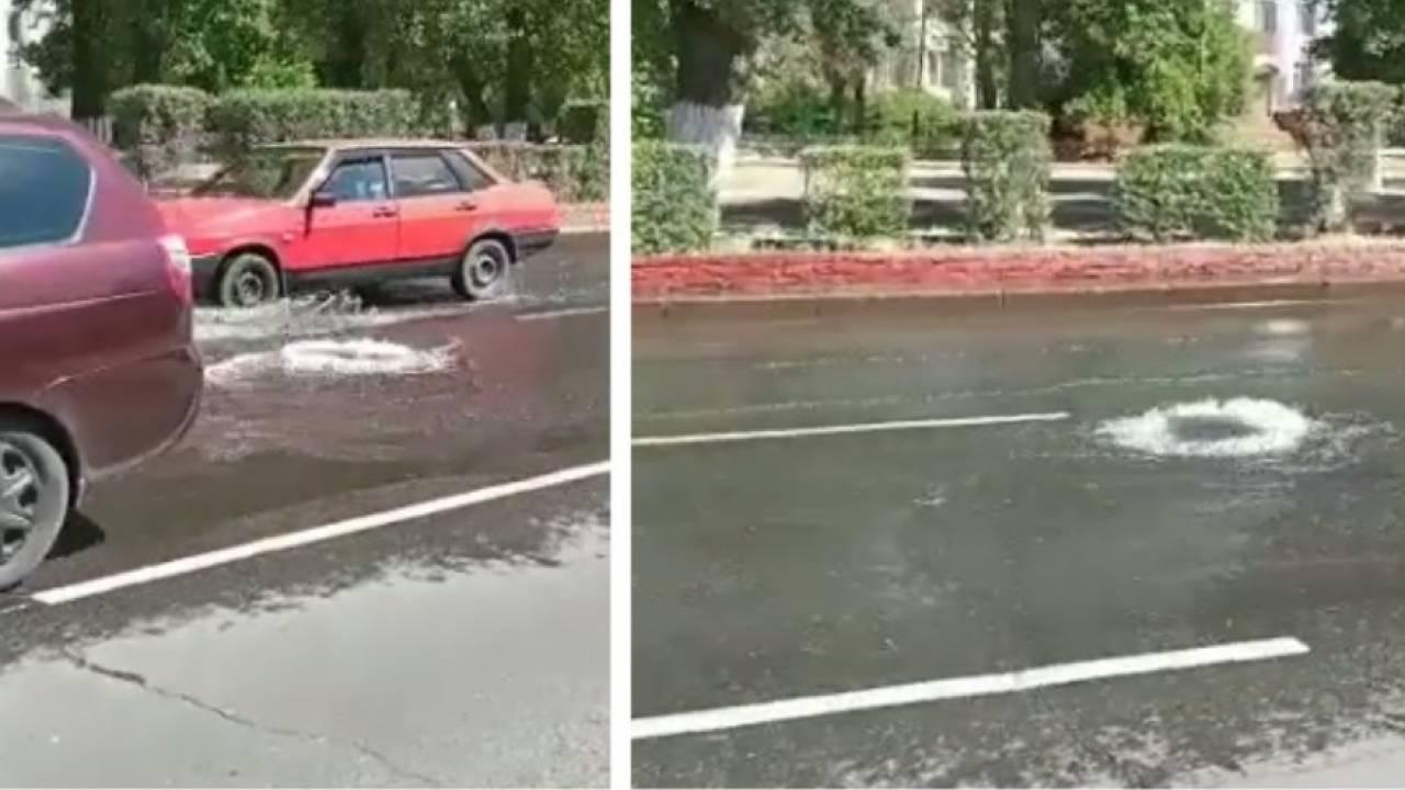 Фонтан пробил дорогу в Павлодаре