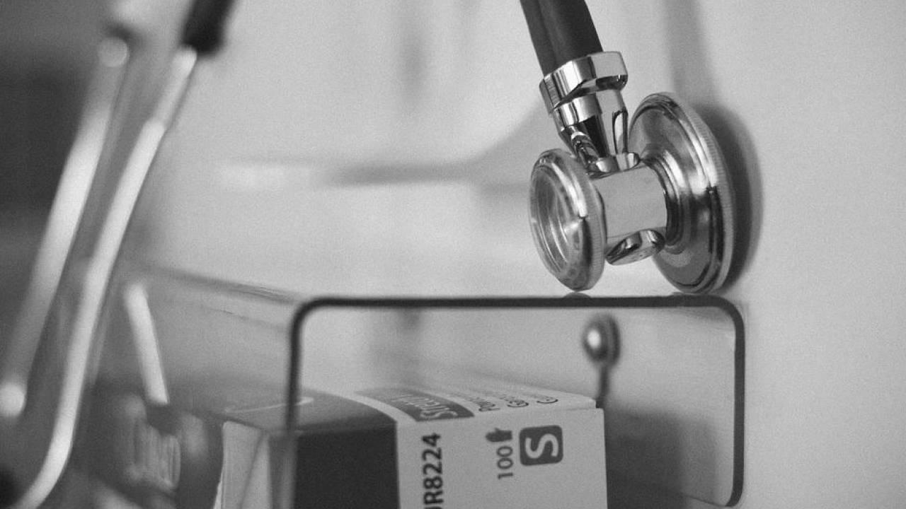 Родители девочки, умершей после посещения стоматологии, примирились с врачами