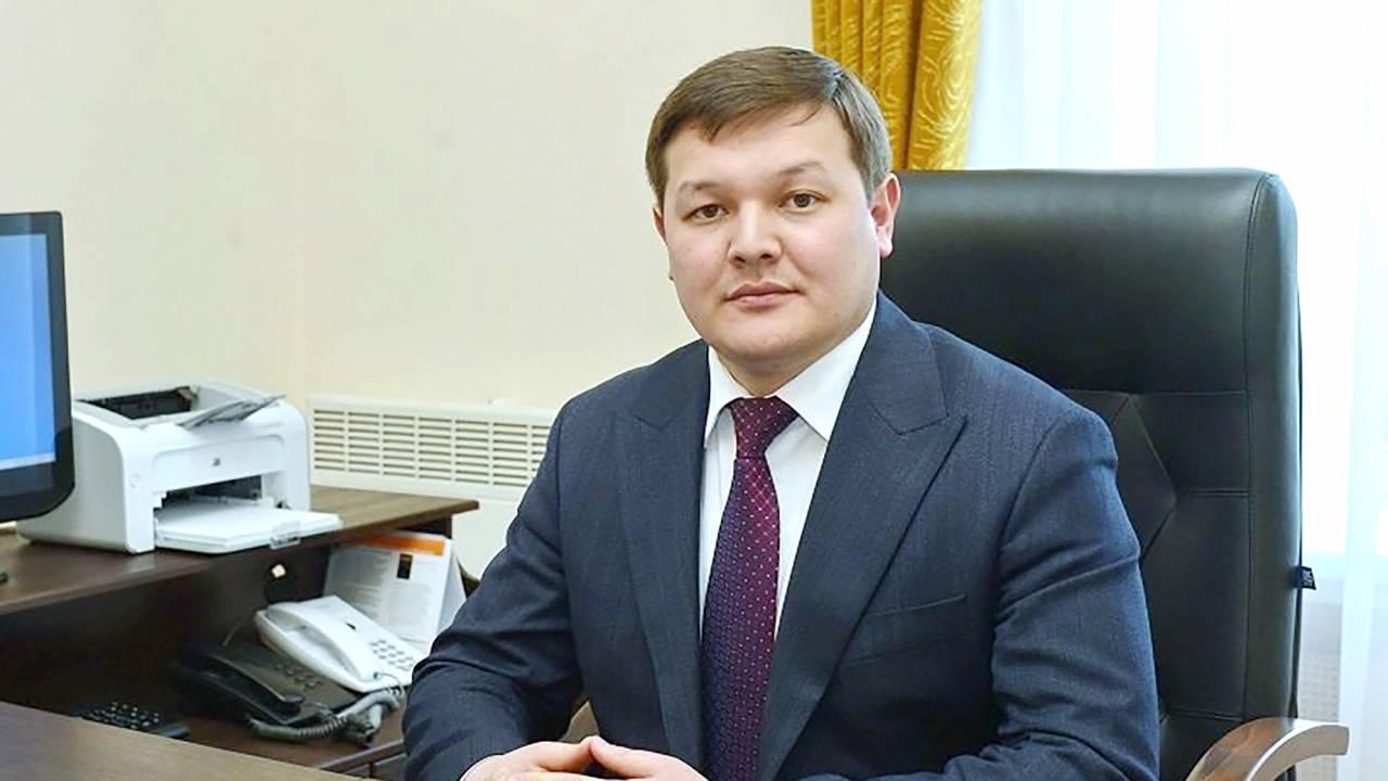 Асхат Оралов освобожден от должности вице-министра информации